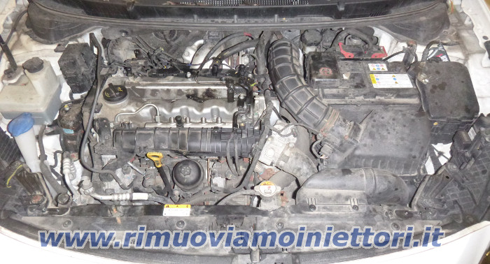Injector removal from Hyundai